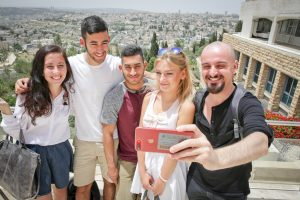 Rothberg students taking selfie overlooking Isawiya